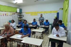 Foto: Divulgação - Alfabetizandos adultos de Caarapó: ler o mundo com os olhos do saber
